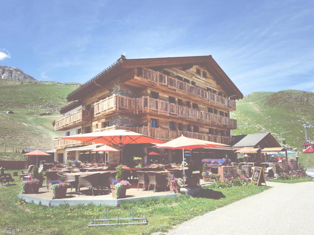 Hotel Alpina, city – Logis-Partner Stoneman Glaciara MTB